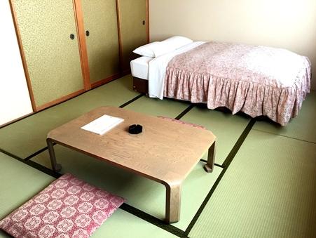 ◆和室10畳/喫煙/定員4名/140cmダブルベッド1台◆