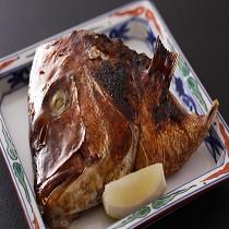 鯛のかぶと焼き【1296円】