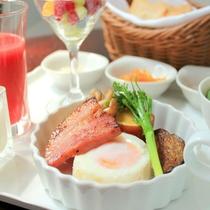 お目覚めの朝は、口コミ高評価の洋朝食をどうぞ。