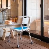 貸切風呂「春うさぎ」は補助椅子もございます。