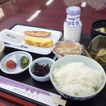 *【朝食例】栄養バランスのとれた朝食でお目覚めすっきり。