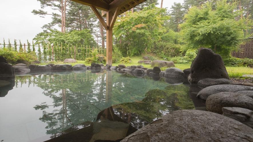 *【露天風呂】解放感のある当館自慢の露店風呂