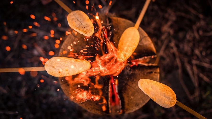 【スウェーデン・トーチ】宮城名物笹かまを炙るのもオツなものです