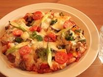 『高原野菜のピザ』