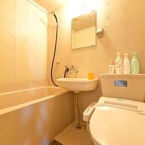 *【客室例】全室バストイレ付きの客室をご用意。