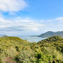 *デラックスツイン◆お部屋からは遠くに瀬戸内海の景色をお楽しみいただけます