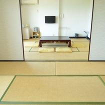 ◇和室12畳◇8名様まで宿泊可能。オーシャンビューのお部屋です♪