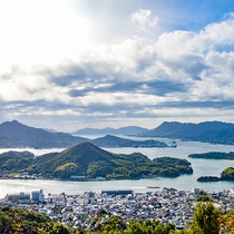 *テレビ塔展望台◆瀬戸内の幻想的な多島美をご覧いただけるオススメスポットです