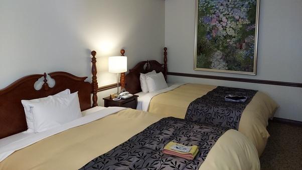 デラックスツイン ベッド幅160cm×2  (禁煙)