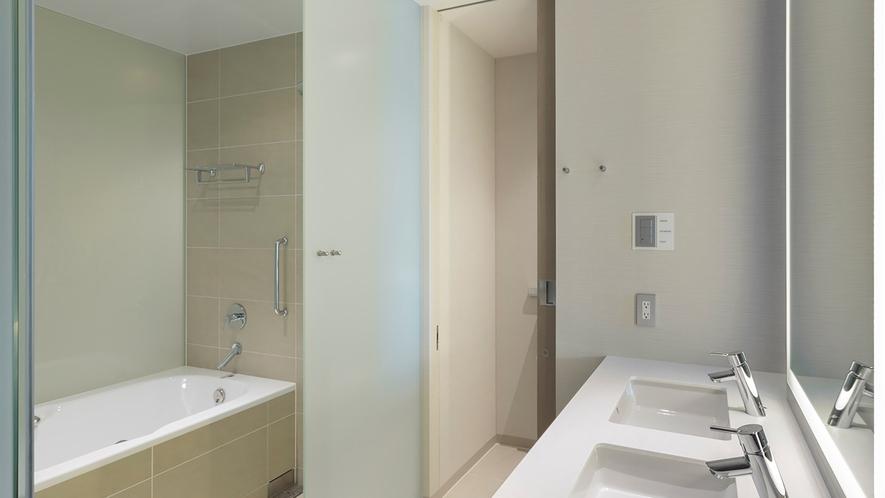 <客室イメージ>デラックスコーナーツイン バスルーム