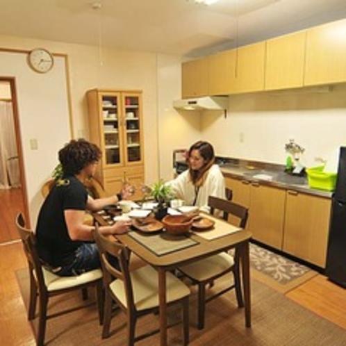 【ペンションtype・うりずん】沖縄の食材で夕食を楽しむ♪