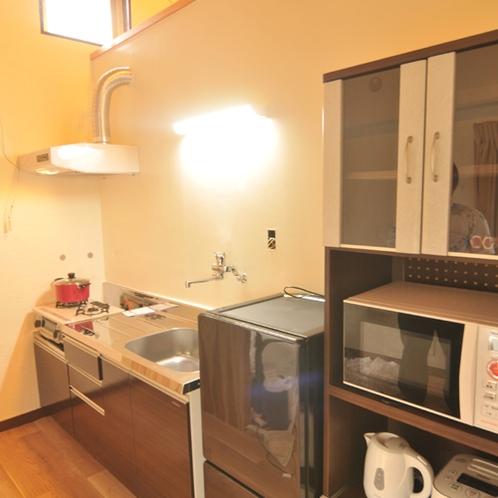 南風2F キッチン 調理器具 食器類も充実しています。