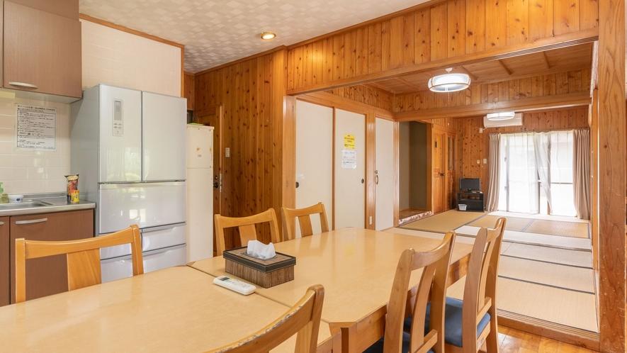 〇西銘(ニシミ) 4.5畳・6畳・4畳の和室が3室&広々リビング付き!