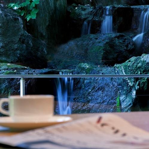 クラブラウンジ滝とコーヒー