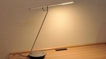 全室ライティングデスク完備☆お仕事にも役立つこと間違いなし♪
