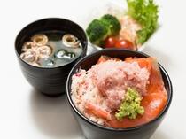 海鮮丼♪(内容は季節により変わる場合がございます)