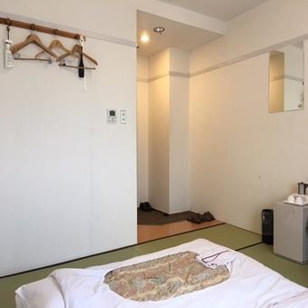 ◎和室ツインルーム/喫煙◆8畳/高速有線LAN完備◆