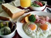 ■朝食7 朝の始まりはおいしい朝食から、皆様の美味しい朝をサポートします。