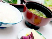 ■朝食; 朝は、やっぱりご飯とみそ汁ですか?