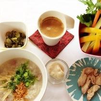 【料理】朝粥セット。朝食タイ朝がゆ 7:30~前夜より炊き上げますのでご予約下さい