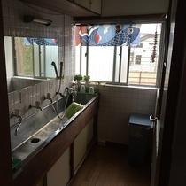 共同の洗面所