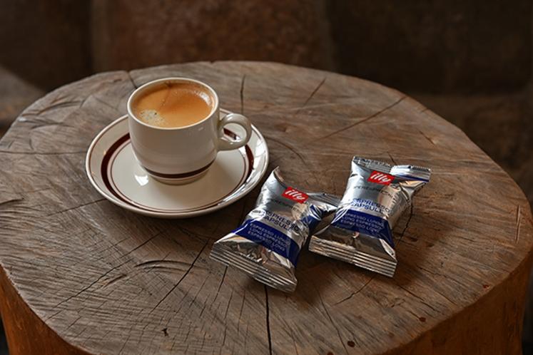 illyセルフコーヒーマシン