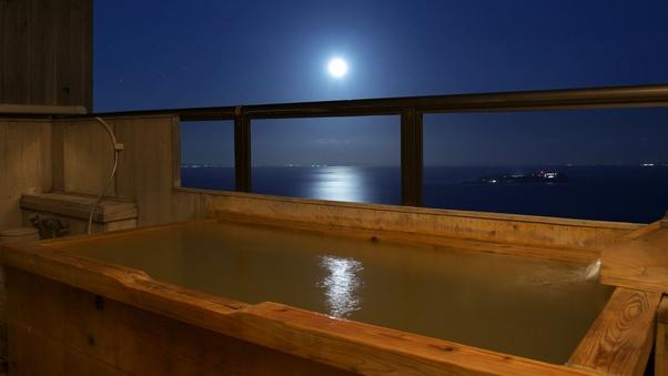 【くつろぎの和室  暁】2階 15畳和室 露天風呂付客室