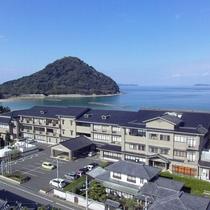 【空からの美萩】日本海・菊ヶ浜沿いの宿!反対側は萩・城下町で、徒歩圏内の好立地♪