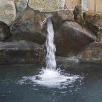 *【男性/露天風呂】神経痛・リウマチ・疲労回復などの効能があります。