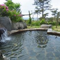 *夕陽温泉WAO/潮の匂い漂う野趣に富んだ露天風呂は『WAO』ならではの醍醐味!