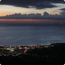 夕刻の別府湾