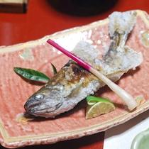 【夕食】あまごの塩焼き