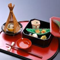 【先付・前菜】あん肝初雪とろろ/鯛棒寿司 北寄貝 鴨の松風など