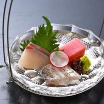 【造り】鮪 勘八 太刀魚