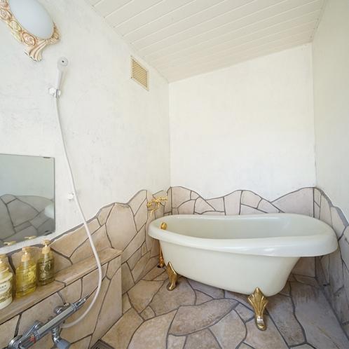 [本館2F / 1号室]Room Bath ルームバス