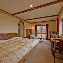 ◆301◆かえで庵一の眺望を誇る海側のゲストルーム。ツインベッドで広々快適にお休みいただけます。