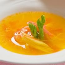 [MENU例]季節の食材を使ったシェフオリジナルのスープ