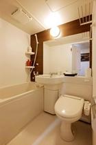 シングルルームバスルーム1