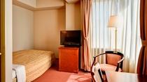 【ダブル(定員2名)】18.5平米☆ベッド幅140  全室Wi-Fi&お水のペットボトル付!