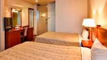 【スモールツイン(定員2名)】19平米☆ベッド幅120 全室Wi-Fi&お水のペットボトル付
