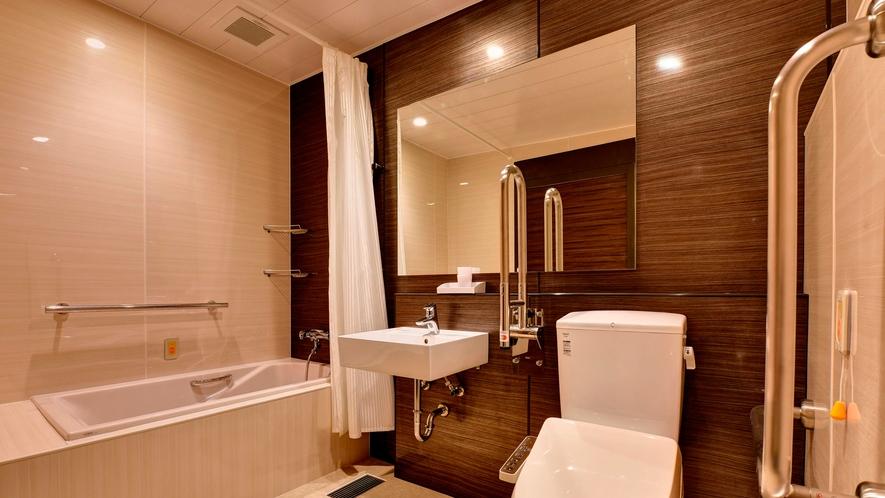 【2020年5月新設・3Fユニバーサルルーム・浴室】車椅子でお入りいただける広い浴室です※TEL予約