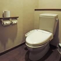 *【トイレ/部屋】各部屋には洗浄機能付きトイレがございます。
