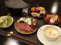 特選和牛フィレの陶板焼き(一例)