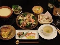 チーズフォンジュ付き洋食コース(一例)