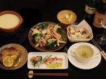 チーズフォンジュ付き洋食ディナー