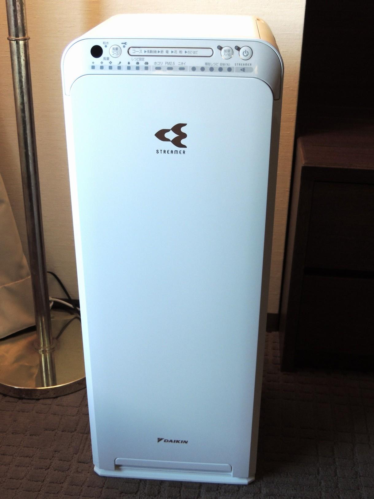【客室】全客室に加湿空気清浄機を完備しています。