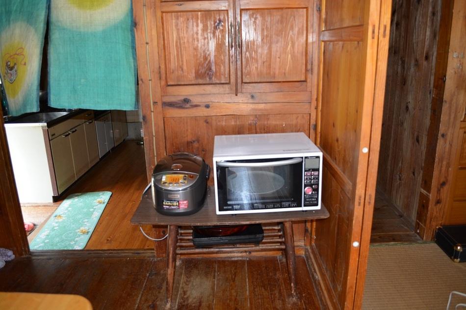 炊飯器、レンジ、ポットもあります
