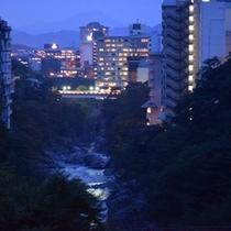 鬼怒川の夜景