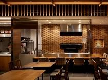 【1階ボンサルーテKABUKI】ピザ窯が見えるオープンキッチン