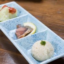 *【夕食一例】素材の味を活かした山里料理をご賞味ください